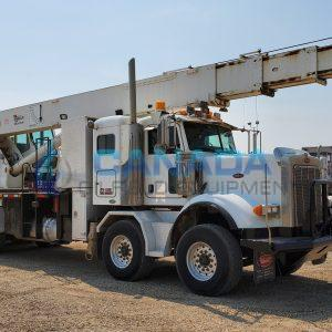 Picker truck used for Oil and Gas